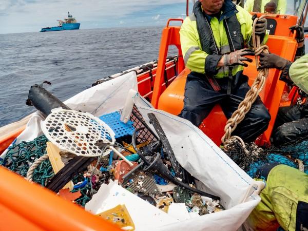 Перший бажаний пластиковий вилов у Тихому океані