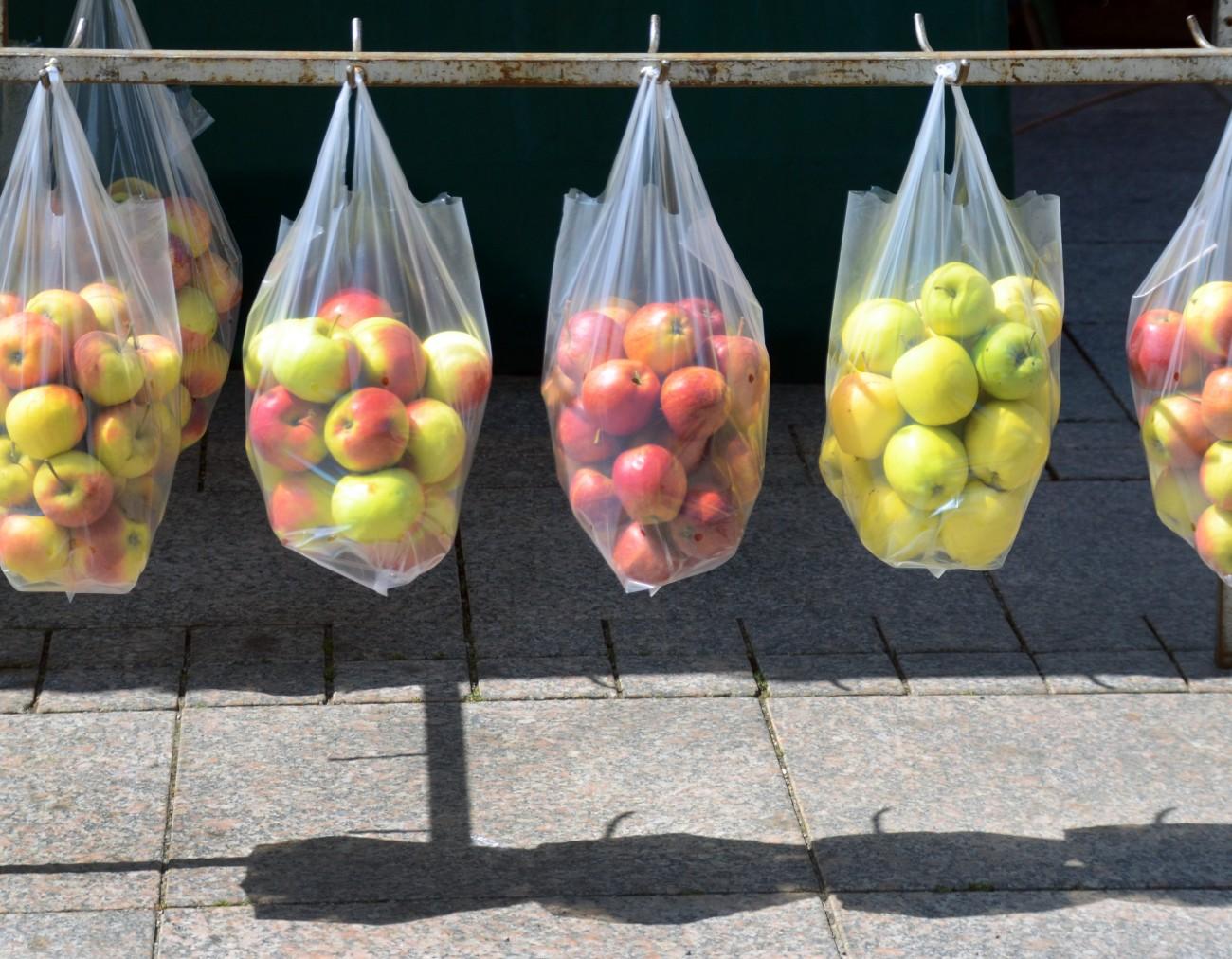 З 1 січня чотири країни заборонили пластикові пакети